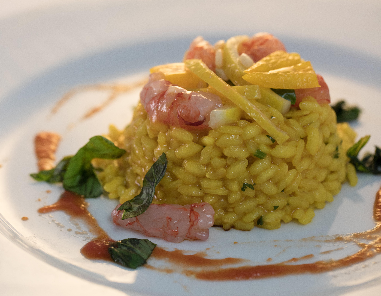 Gastronomic Experience_Risotto con gamberi e zafferano allo sfusato amalfitano